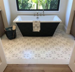 Elegant pattern tile on bathroom floor