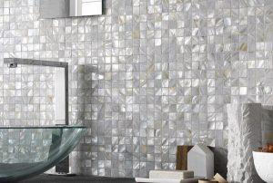 Shell mosaic tiles on backsplash